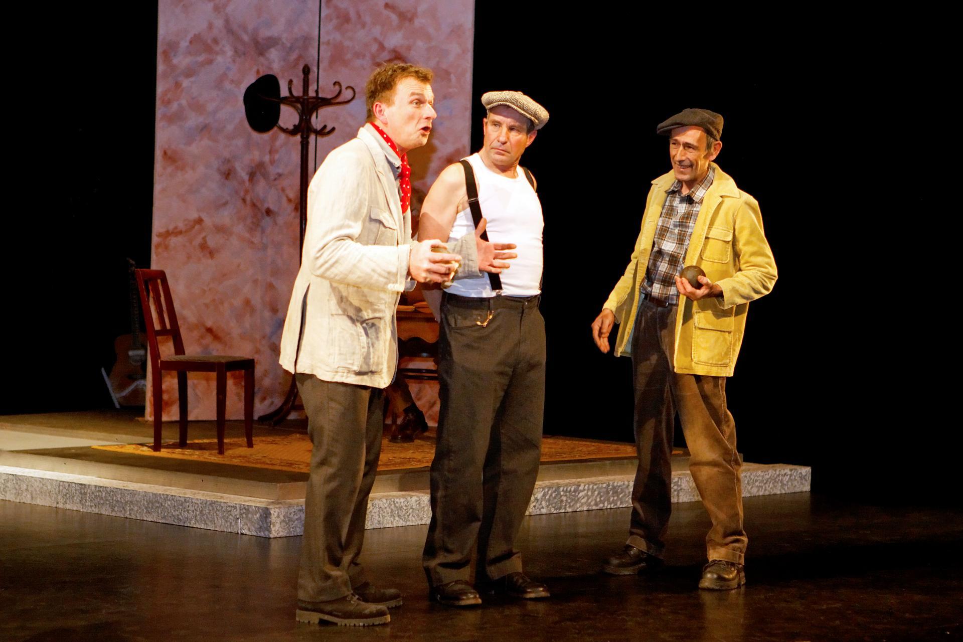 Mike, Eddie, Peter, dockers